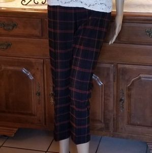 Attyre Crop Pants